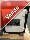 COFFRE-FORT ANTI-VOL-ANTI-FEU-BLANC/NOIR (Vendu)