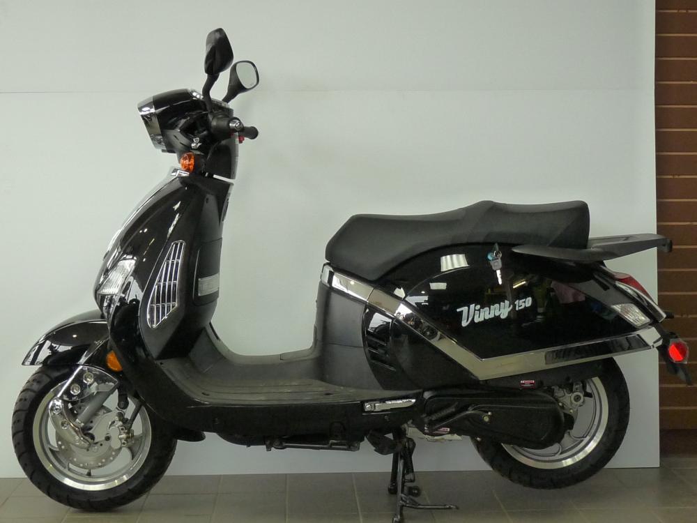 scooter chironex vinny 50cc 4 temps style r tro annonce class e. Black Bedroom Furniture Sets. Home Design Ideas