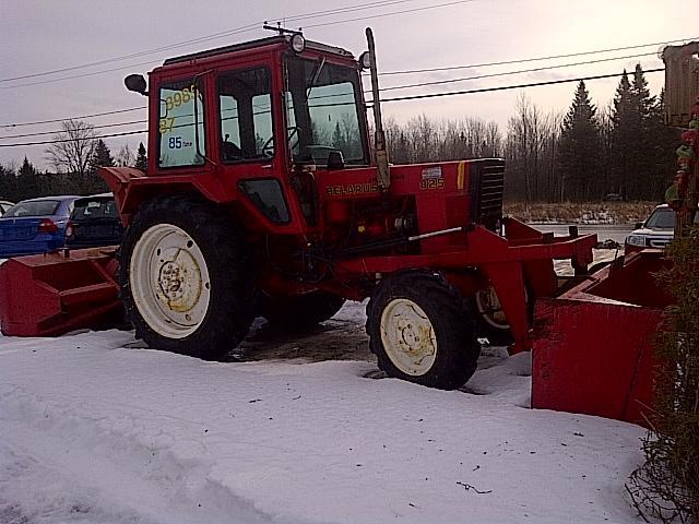 tracteur belarus 825 4x4 1987 soufleur pelle extension etc 1800h sherbrooke estrie annonce class e. Black Bedroom Furniture Sets. Home Design Ideas