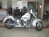 Harley-Davidson Softail Héritage FLSTC 2007 blanc/or